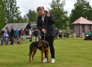 Sch. Ixo-12 och handler Carina Adolfsson (ägare Fredrik Nordin)