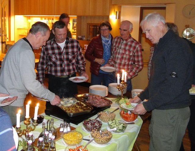 Jan-Erik Hellman, Rasmus Olsson, Gunilla o Hans Karsbo och Lars O Törnkvist (Foto Rolf Pellving)