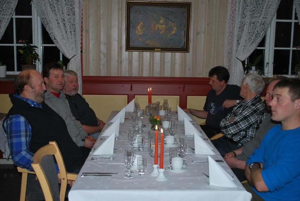 Asbjørn Oksås, Jakob Olav Holsing, Joralf Wik, Bård Anders Wanderås, Guttorm Bilstad, Trond Reidar Renbjør och Knut Christiansen