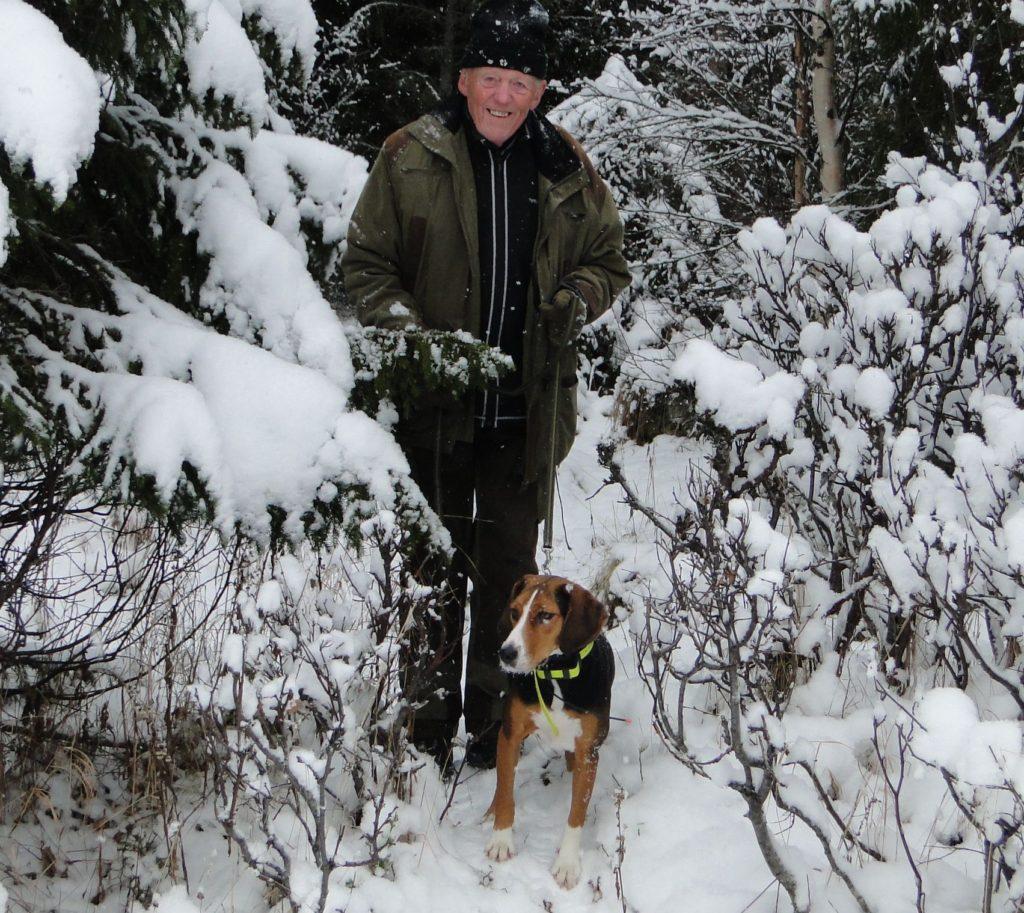 Ham. Ulfkällas Sira-13 och handler Olle B Häggkvist, ägare Sarah Häggkvist